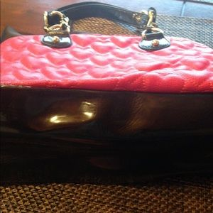 Betsey Johnson Bags - Betsey Johnson purse